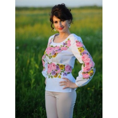 """Заготовка жіночої сорочки з нанесеним малюнком під вишивку """"Пишні троянди та фіалки"""""""
