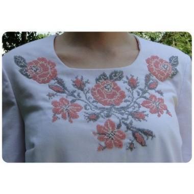 """Заготовка жіночої сорочки з нанесеним малюнком під вишивку """"Троянди з маминого саду"""""""