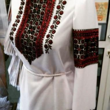 """Заготовка жіночої сорочки з нанесеним малюнком під вишивку """"Восьмикутна зірка"""""""