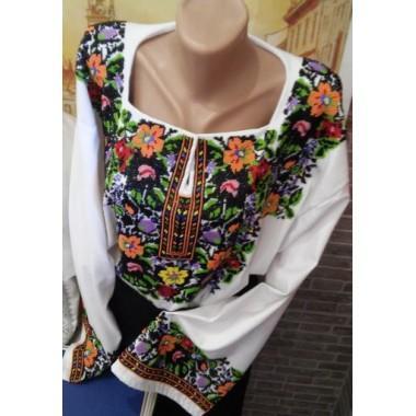 """Заготовка жіночої сорочки з нанесеним малюнком під вишивку """"Чарівний квітковий узор"""""""